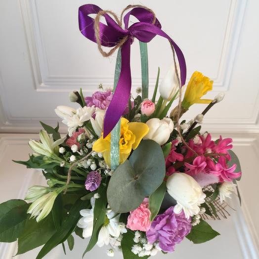 Весенняя корзинка: букеты цветов на заказ Flowwow
