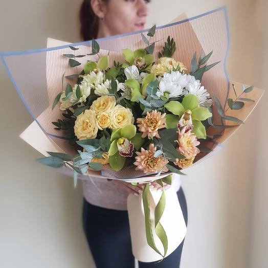 Беж: букеты цветов на заказ Flowwow