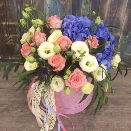 Цветочная композиция с Гортензией: букеты цветов на заказ Flowwow