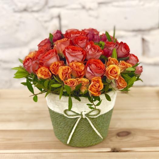 Композиция в корзинке «Жар-птица»: букеты цветов на заказ Flowwow