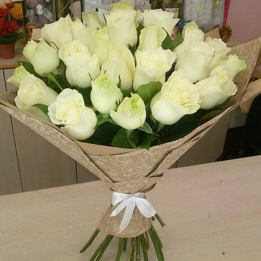 Букет из 25 белых мини роз