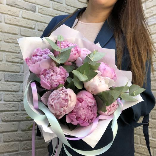 9 Пионов с эвкалиптом: букеты цветов на заказ Flowwow