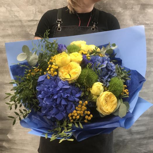 Букет с гортензией и французской розой: букеты цветов на заказ Flowwow