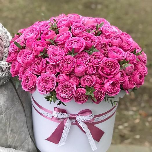 Роскошь пионовидных роз