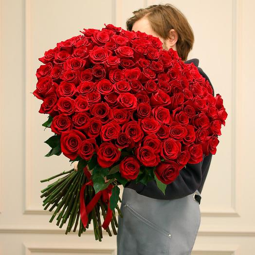 101 красная роза Фридом - Эквадор (70 см)