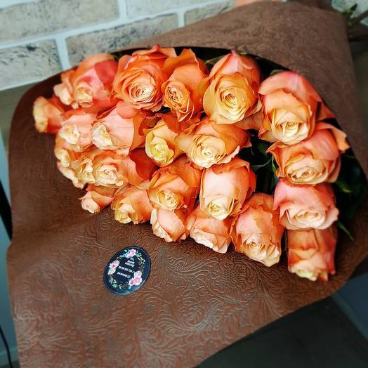 Букет из Пионовидной розы сорта Кахала