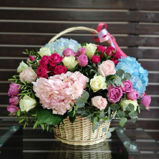 Шикарная Корзина с цветами