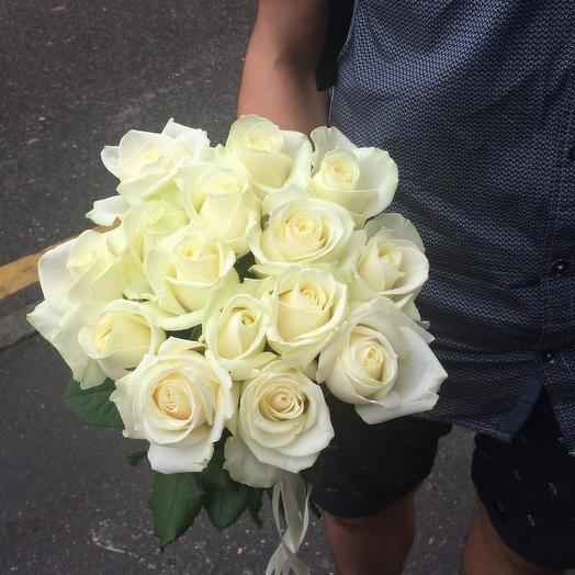 Букет из 15 белых роз 50 см: букеты цветов на заказ Flowwow