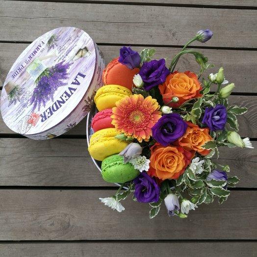 МАКАРОНКИ В КОРОБКЕ: букеты цветов на заказ Flowwow