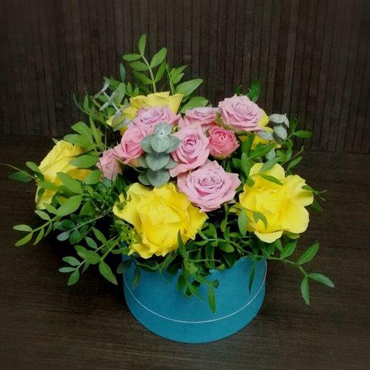 Шляпная коробочка с желтыми розами