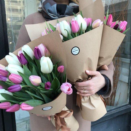 Тюльпаны в крафте : букеты цветов на заказ Flowwow