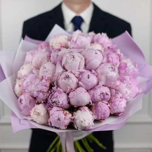 Букет из 39 французских пионов Sarah Bernhardt: букеты цветов на заказ Flowwow