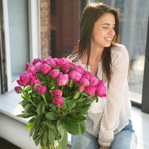 """Букет из 39 розовых пионов """"Dr. A. Fleming"""": букеты цветов на заказ Flowwow"""