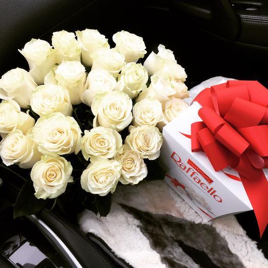 Розы+раффаэлло: букеты цветов на заказ Flowwow
