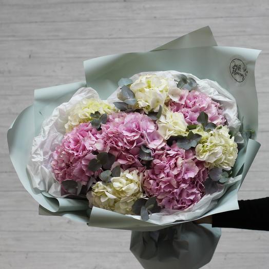 Моно 42: букеты цветов на заказ Flowwow