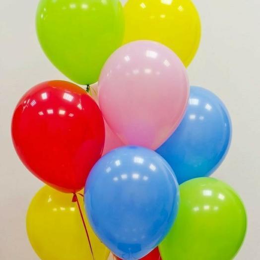 11 разноцветных шаров: букеты цветов на заказ Flowwow