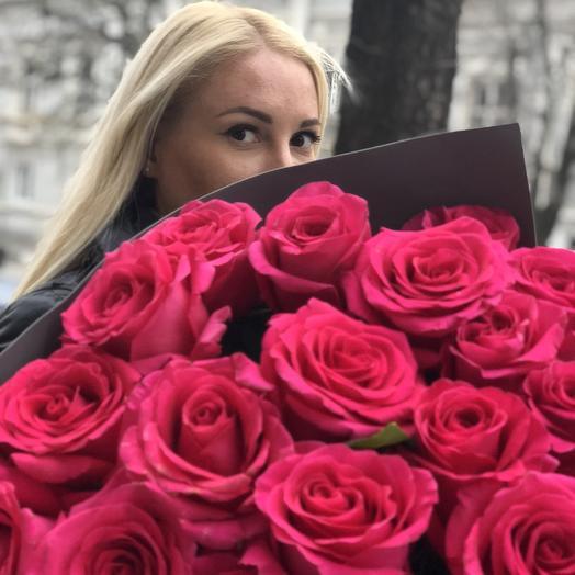 Огромный букет метровых роз