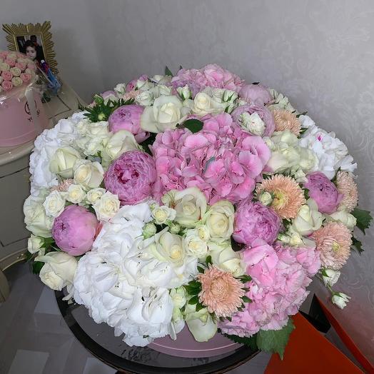 Коробка люкс: букеты цветов на заказ Flowwow