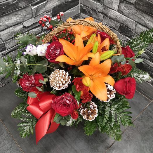 "Корзина ""Розы в снегу"": букеты цветов на заказ Flowwow"