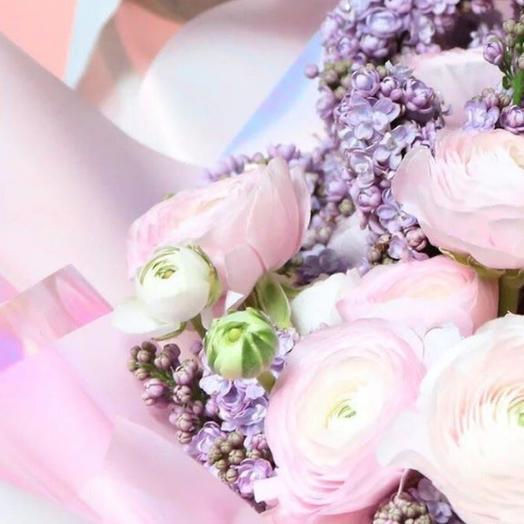 Букет из нежнейших ранункулюсов и сирени: букеты цветов на заказ Flowwow