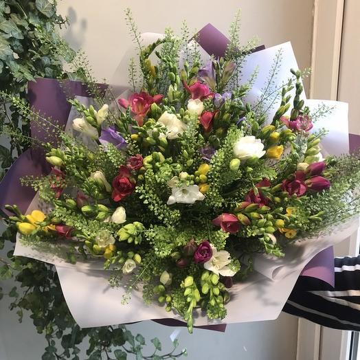 Букет из фрезии: букеты цветов на заказ Flowwow