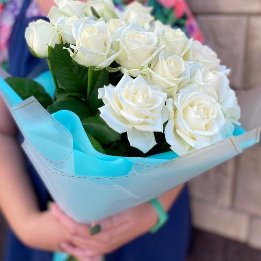 Розы и цвет Тиффани