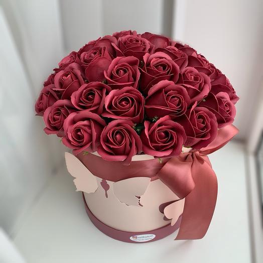 Мыльные розы в коробке 37 шт