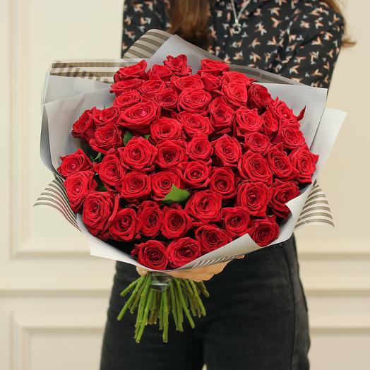 Букет из 51 красной розы Наоми (50 см)