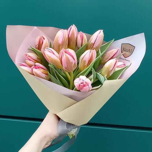 Тюльпаны розовые моно