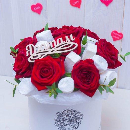 Авторская шляпная коробка ко дню святого Валентина: букеты цветов на заказ Flowwow