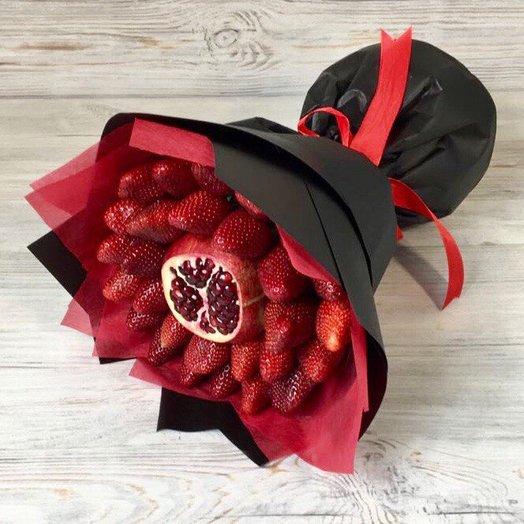 Клубника . Гранат. Букеты из Фруктов.  N79: букеты цветов на заказ Flowwow