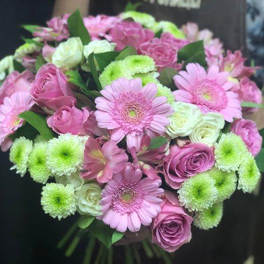 Букет из роз гербер и хризантем Цветы столицы: букеты цветов на заказ Flowwow