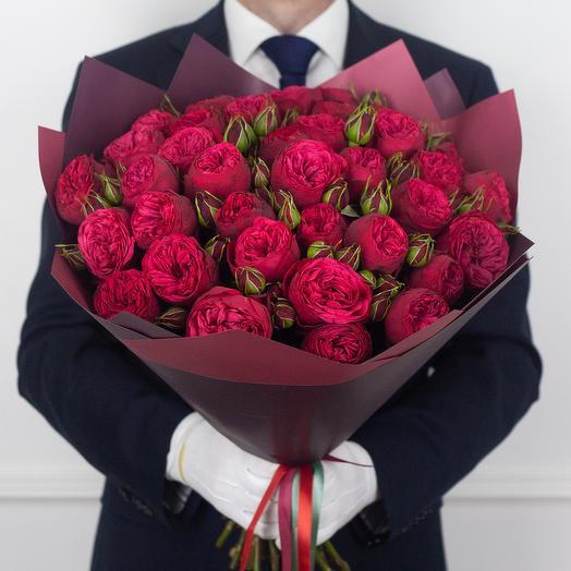 Букет из 35 кустовых роз Red Piano