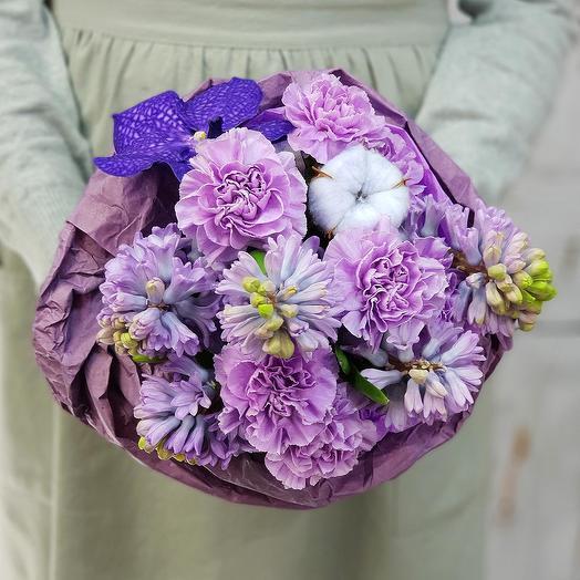 Нежный букет из хлопка и лунной гвоздики: букеты цветов на заказ Flowwow