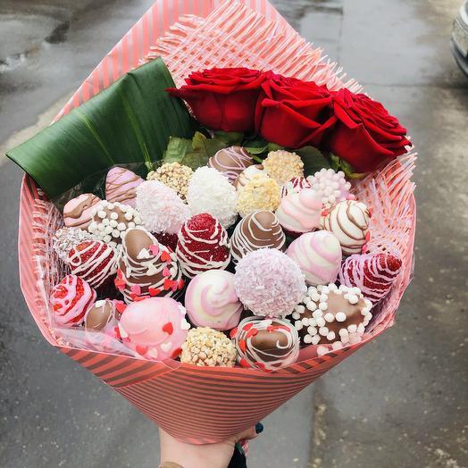 «Клубничный десерт»: букеты цветов на заказ Flowwow