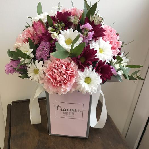 Коробка ассорти: букеты цветов на заказ Flowwow
