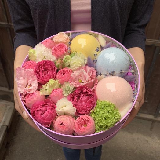 Коробочка Bubble gum: букеты цветов на заказ Flowwow