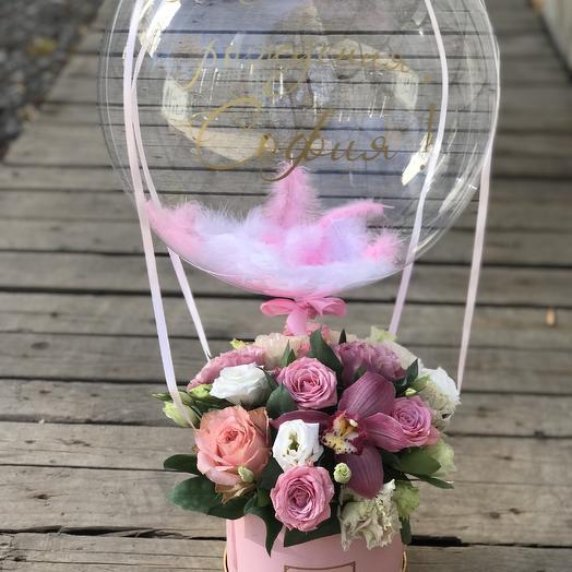 Композиция с шаром баблс: букеты цветов на заказ Flowwow