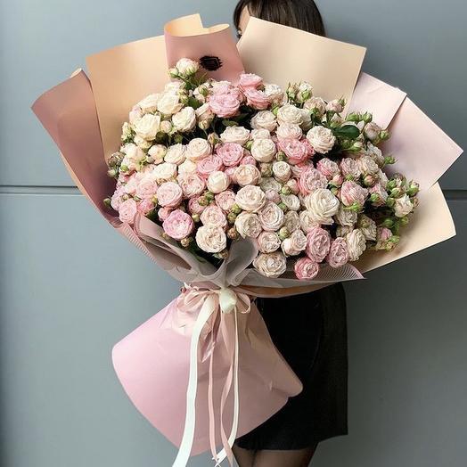 55 кустовая пионовидная роза: букеты цветов на заказ Flowwow