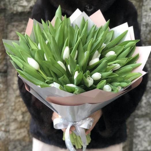 Белый перламутр: букеты цветов на заказ Flowwow