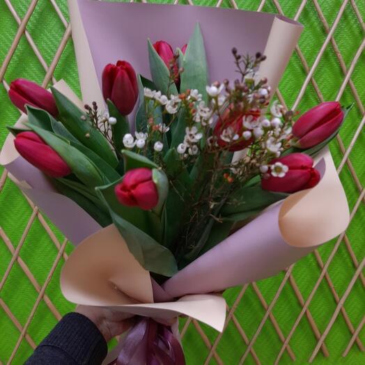 Букетик из тюльпанов