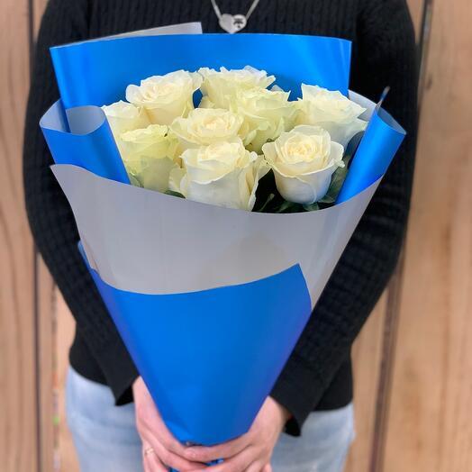 Букет из 9 белых роз