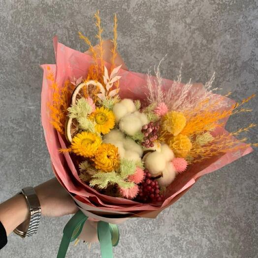Букет сухоцветов с лаймом
