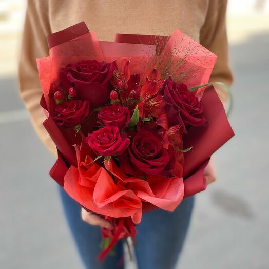 Букет «Цвет настроения - красный»