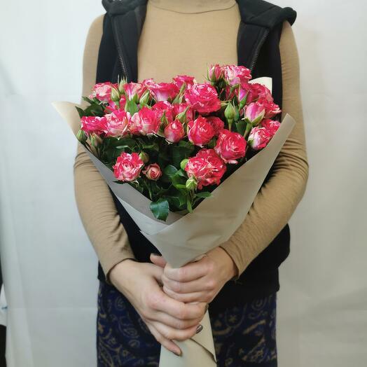 Букет Смузи 7 из красно-белых кустовых роз