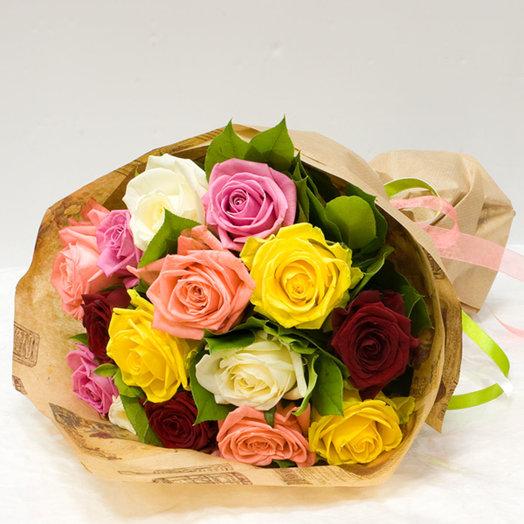 Букет из роз Разноцветный микс: букеты цветов на заказ Flowwow