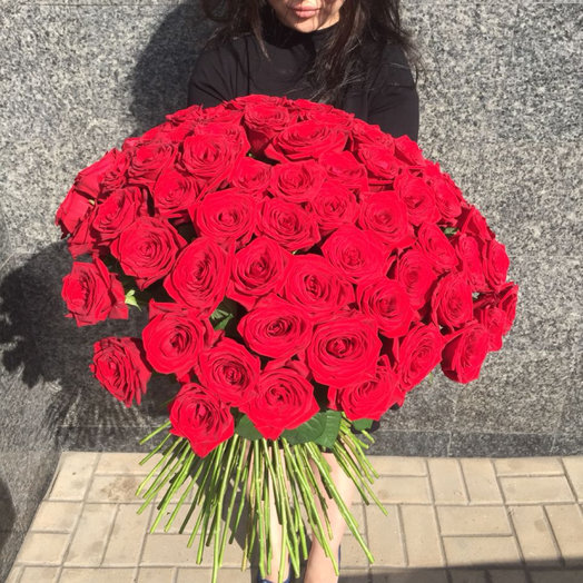 101 местная роза: букеты цветов на заказ Flowwow