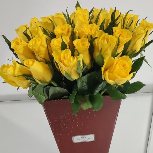 Розы коробке: букеты цветов на заказ Flowwow