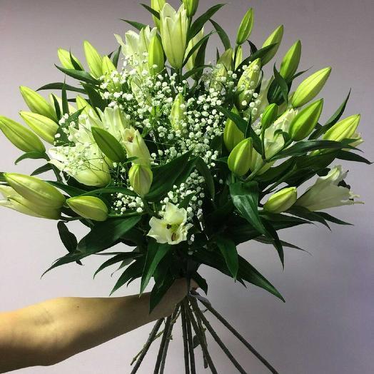 Букет лилии: букеты цветов на заказ Flowwow