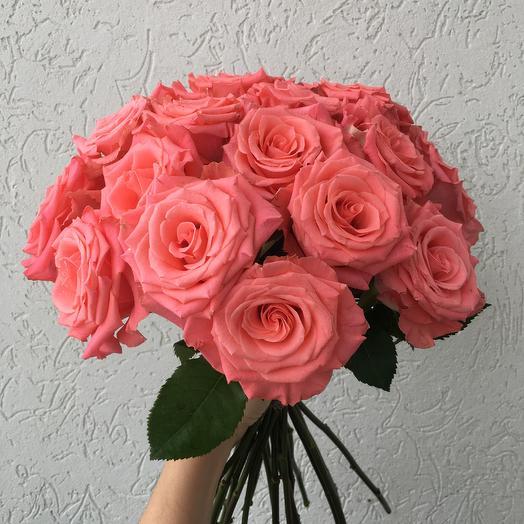 Букет из коралловых роз: букеты цветов на заказ Flowwow